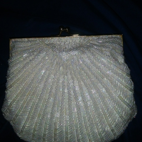 Fine 50S 60S 70S Vintage Hand Beaded Clam Coin Purse Machost Co Dining Chair Design Ideas Machostcouk